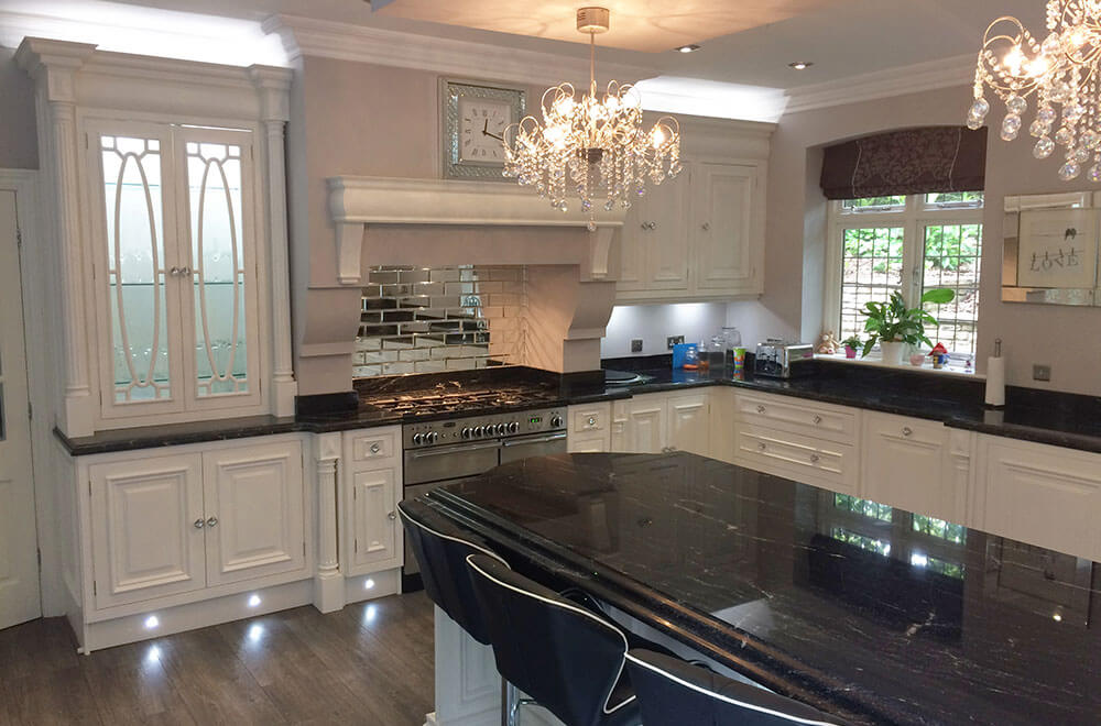 a-wi-kitchen-elegance-painted-right-of-oven